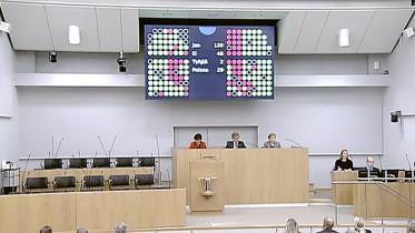 Eduskunnassa äänestettiin 17.2.2017 klo 13 täysistunnossa Aito avioliitto -kansalaisaloitteesta äänin.
