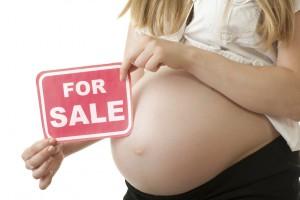 Tuleeko äitiydestä ja lapsista Euroopassa kauppatavaraa? Allekirjoita vetoomus Euroopan neuvostolle kohdunvuokrauksen kieltämiseksi.